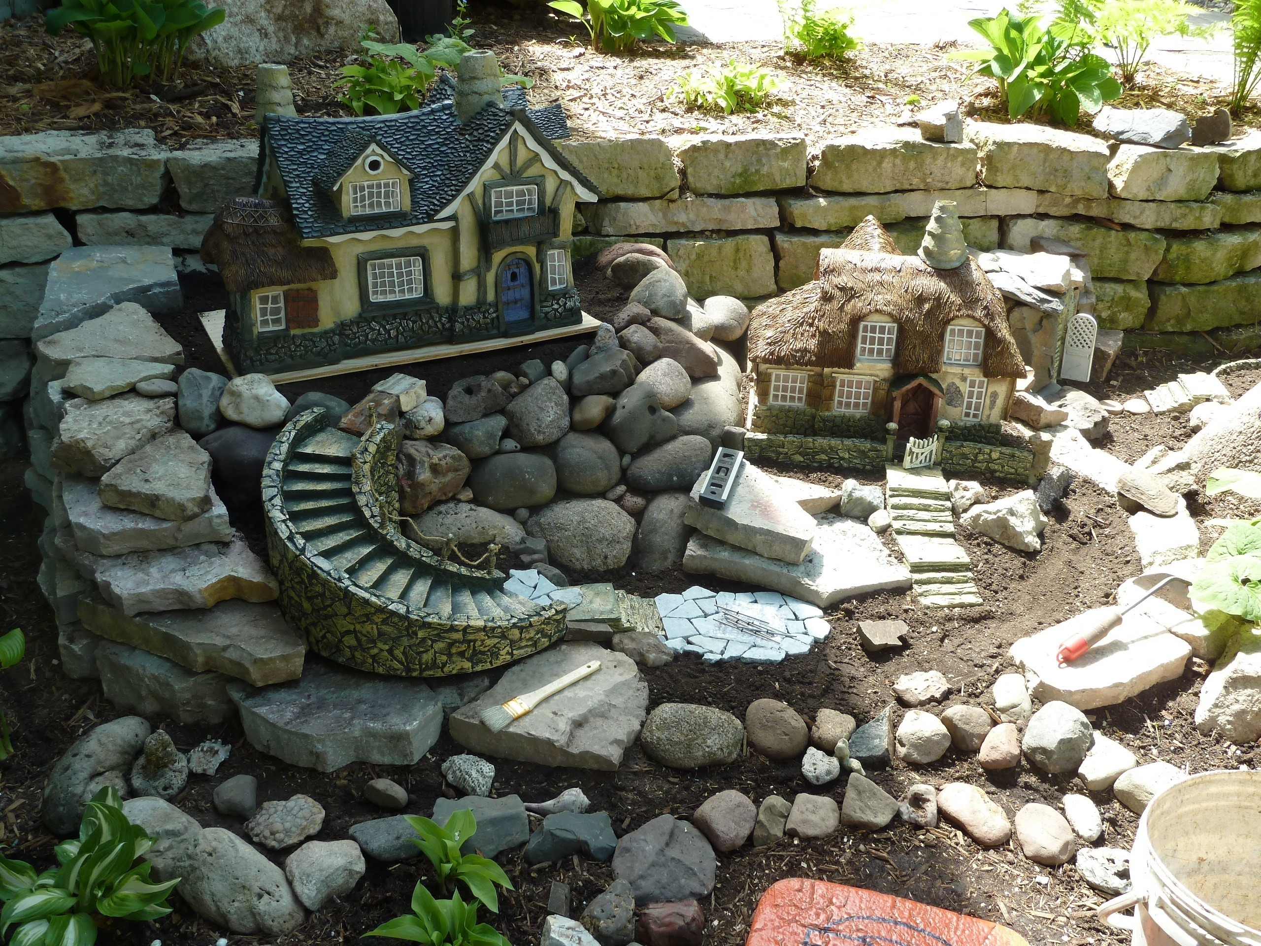 diy-miniature-stone-houses-8