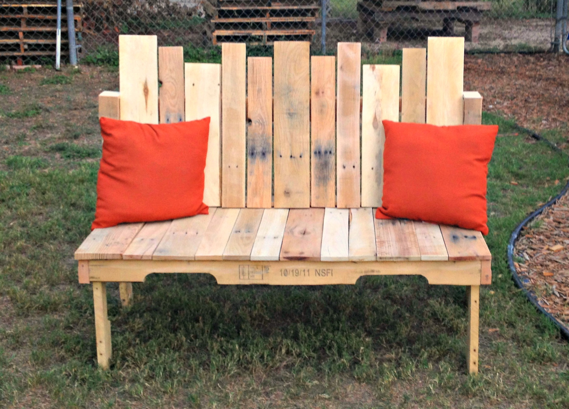 outdoor-bench-projects-4